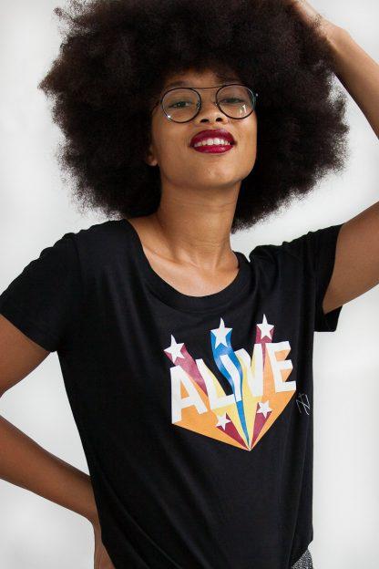 NT011M-ALIVE(black)-1 shirt sérigraphié de Créateurs. Made in France. Tee Shirt Rock - Tee Shirt Punk. Nineteesparis.fr